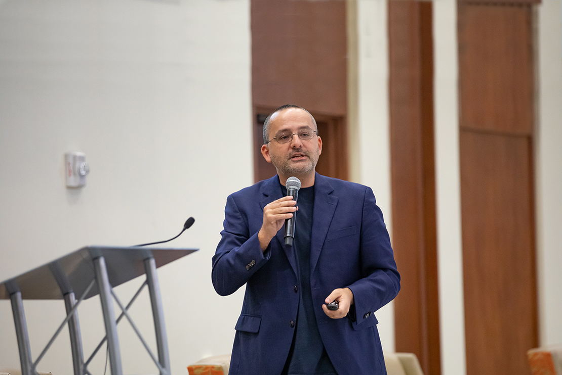 Alberto Cairo, University of Miami Institute for Data Science and Computing, Big Data Conference 2020