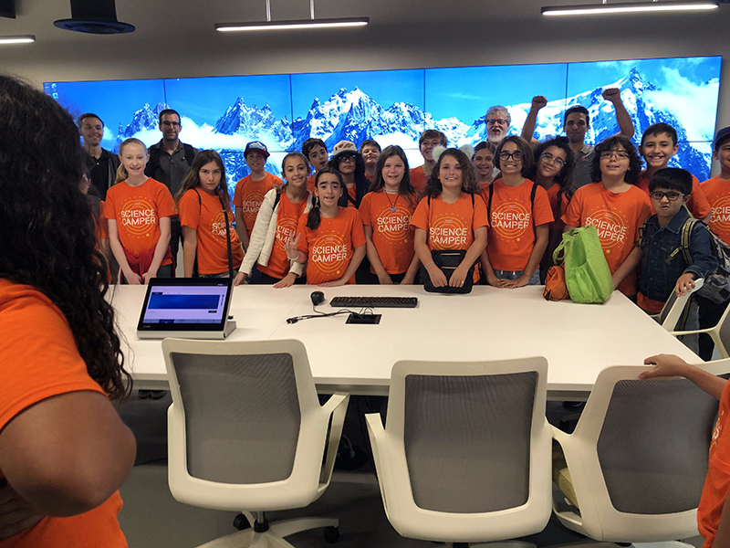 Frost Science Camp Tour with IDSC Advanced COmnputing stops at the Viz Lab